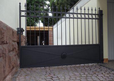 Schloss_Veldenz_Leuchten_55288_Armsheim_Metallbau_Classique_DSC01675