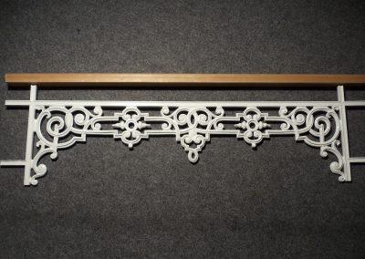 Schloss_Veldenz_Leuchten_55288_Armsheim_Metallbau_Classique_Historische_Gussteile_Bruestungsgitter_DSC01927