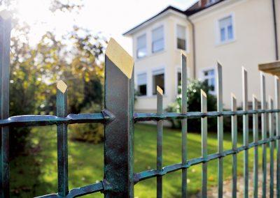 Schloss_Veldenz_Leuchten_55288_Armsheim_Metallbau_Classique_Historische_Gussteile_Gartenmoebel_Metallbau_Zaun4
